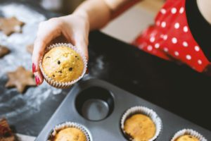 how to make choc chip cupcakes